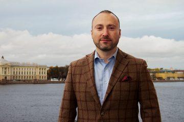 Андрей Останин (топ-менеджер Евросеть) и Николай Рысев (специалист по продажам)