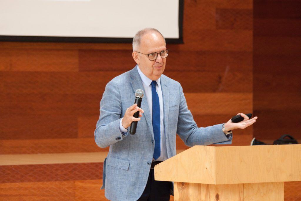 Сергей Мордовин, сооснователь и руководитель Независимой бизнес-школы IMISP